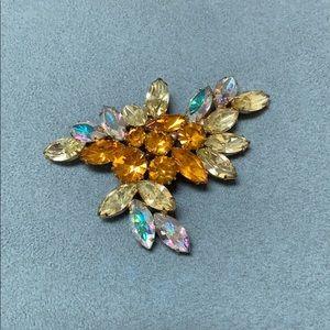 Vntg amber Austrian rhinestone cluster pin /brooch